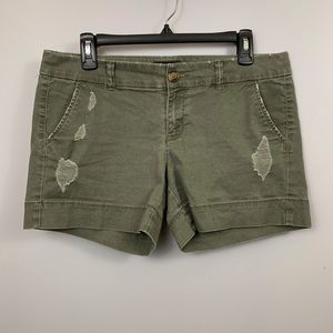 AEO Stretch Khaki Olive Green Midi Shorts Mid Rise